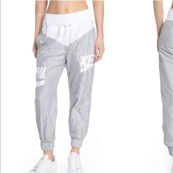68da5c75c80f NWT Nike Graphic Windrunner Pants